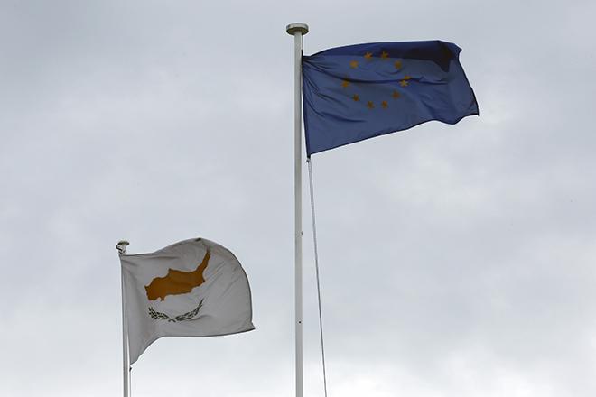 Επιστροφή στις αγορές με 1 δισ. ευρώ για την Κύπρο