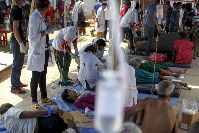 Μέχρι και 10.000 οι νεκροί απ' τον φονικό σεισμό στο Νεπάλ