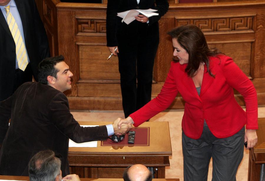 Τσίπρας: Στηρίζει πρόταση Μπακογιάννη για διεθνή εξεταστική για τα μνημόνια