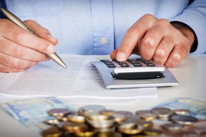 Οι φόροι που θα πρέπει να πληρωθούν μέχρι την Πρωτοχρονιά