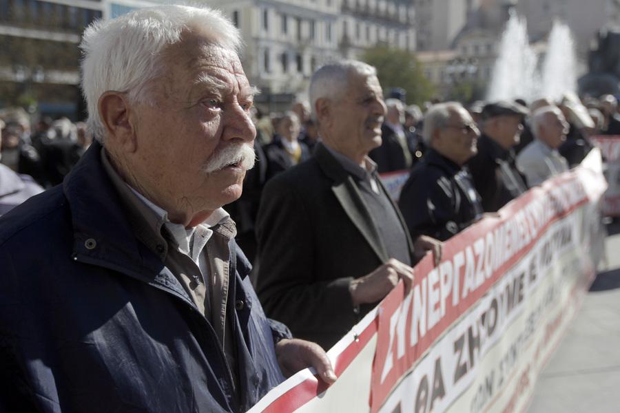 Κάτω από τα όρια της φτώχειας η μέση σύνταξη στην Ελλάδα