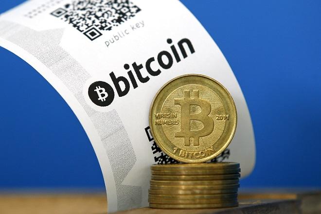 Το bitcoin απέφυγε τη διάσπαση
