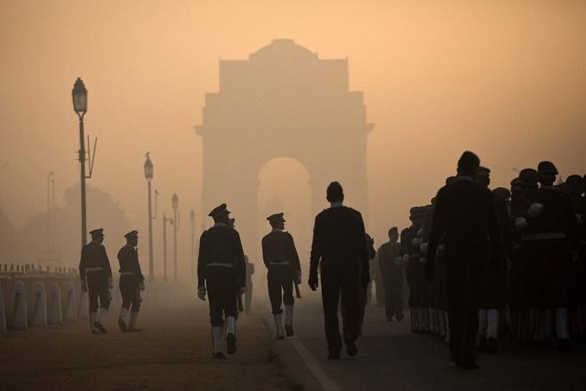 Ο ουρανός του Νέου Δελχί «σκοτώνει» αργά τους κατοίκους της πόλης