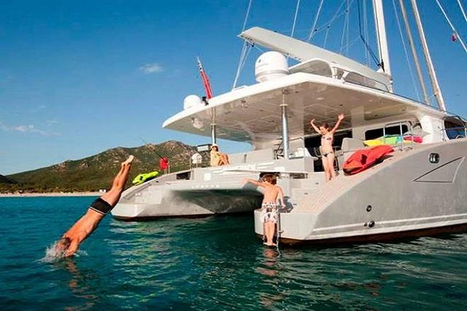 Bild: «Χαράτσι» στις πιο πλούσιες οικογένειες της Ελλάδας