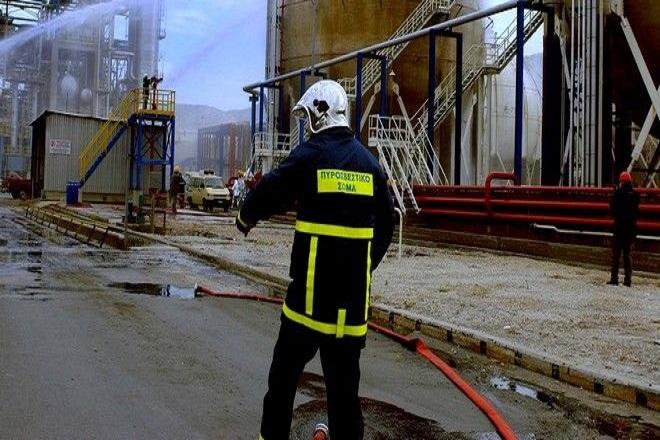 Φωτιά στα ΕΛΠΕ στα διυλιστήρια Ασπροπύργου