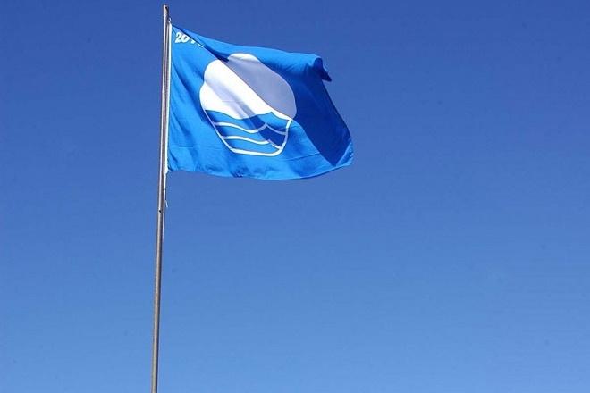 Τρίτη στον κόσμο η Ελλάδα σε παραλίες με «Γαλάζιες Σημαίες»