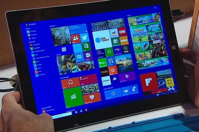 Τα «Windows 10» έρχονται, οι πωλήσεις υπολογιστών μειώνονται