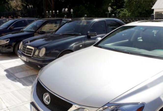 Το αδιαχώρητο για κρατικά αυτοκίνητα από μόλις 300 ευρώ
