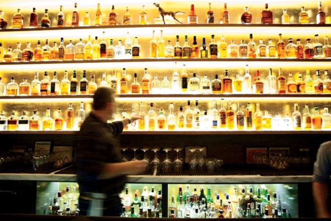 Δέκα μαθήματα για επιχειρήσεις που έμαθα στα μπαρ