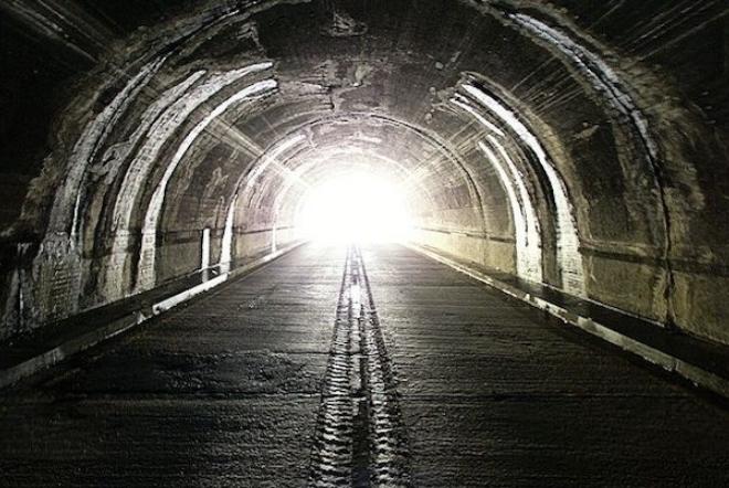 «Είμαστε πλέον στο τέλος του τούνελ. Μονόδρομος το φως»