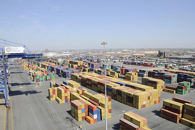 Περισσότερες από 37.00 ελληνικές επιχειρήσεις προχώρησαν σε διεθνείς εμπορικές συναλλαγές το 2015