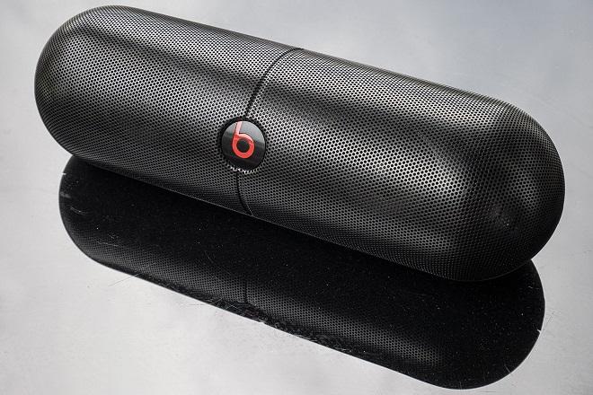 H Apple ανακαλεί τα… πραγματικά «καυτά» ηχεία Beats Pill XL