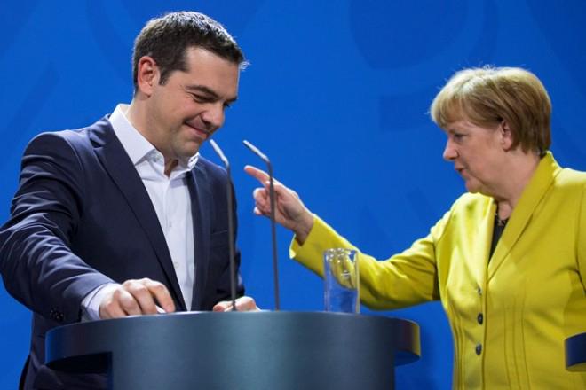 Γερμανικός Τύπος: «Κι άλλα δισεκατομμύρια για μια καμένη χώρα»