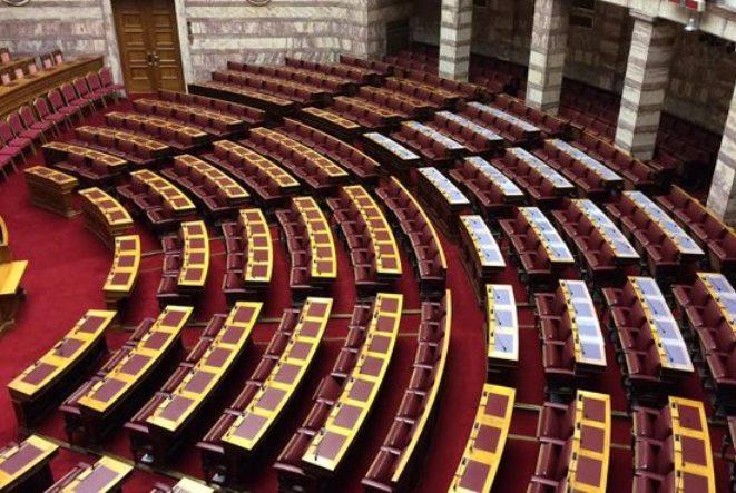 Πρωτοφανές: Βουλευτής της Χρυσής Αυγής ζητάει ο στρατός να συλλάβει τον Τσίπρα