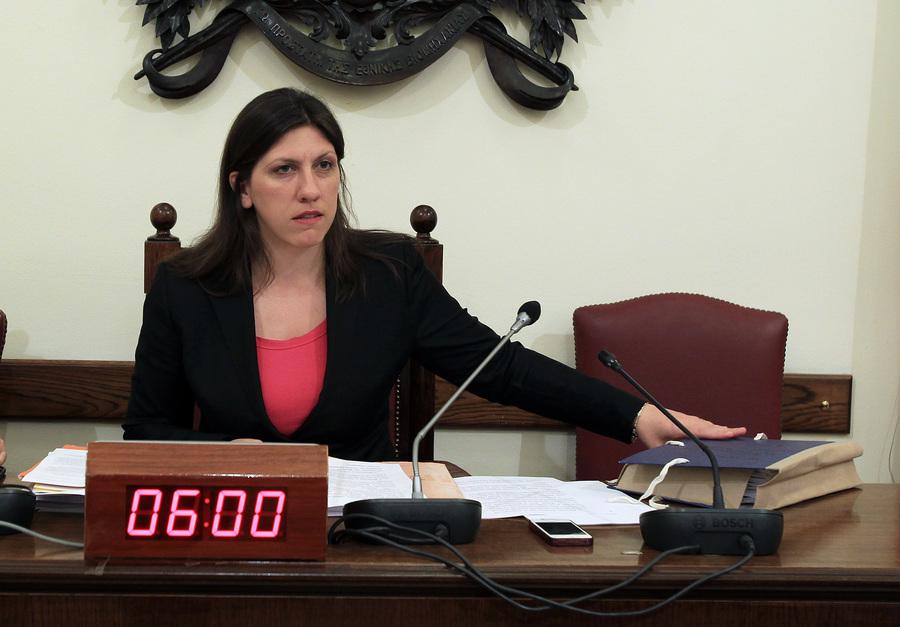 Κωνσταντοπούλου: Οι αστυνομικοί θα μπαίνουν στη Βουλή μόνο με πολιτικά