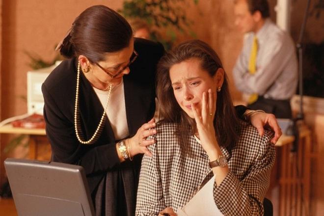 Κλάψτε στο γραφείο – θα σας βγει σε καλό!
