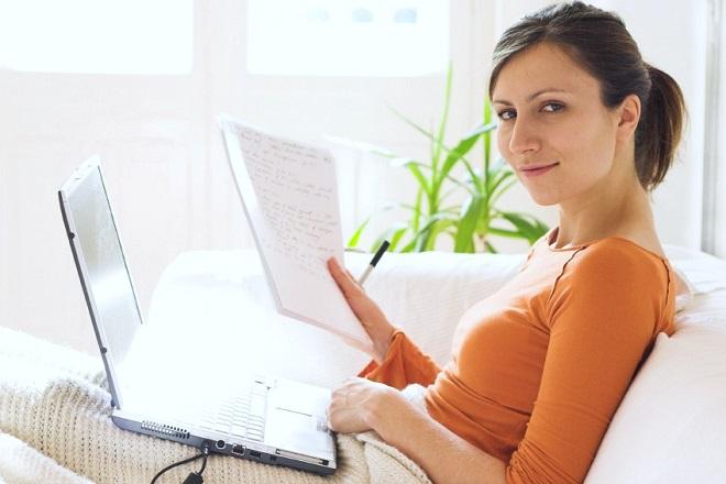 Πώς να είστε συγκεντρωμένοι στη δουλειά σας αν εργάζεστε online