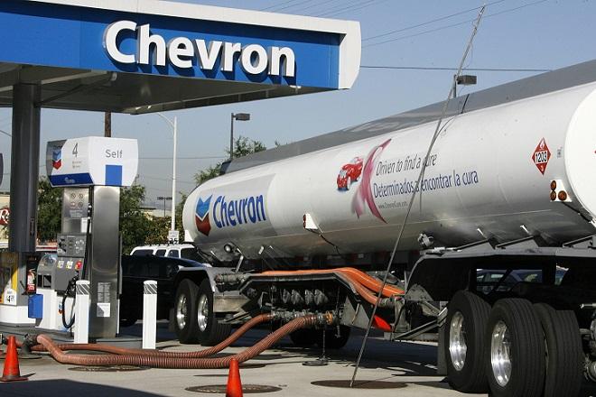 Chevron: «Μαχαίρι» σε 7.000 θέσεις εργασίας