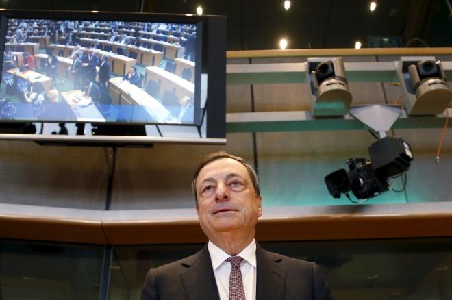 Η μέρα που η Ευρώπη κράτησε ζωντανές τις ελληνικές τράπεζες