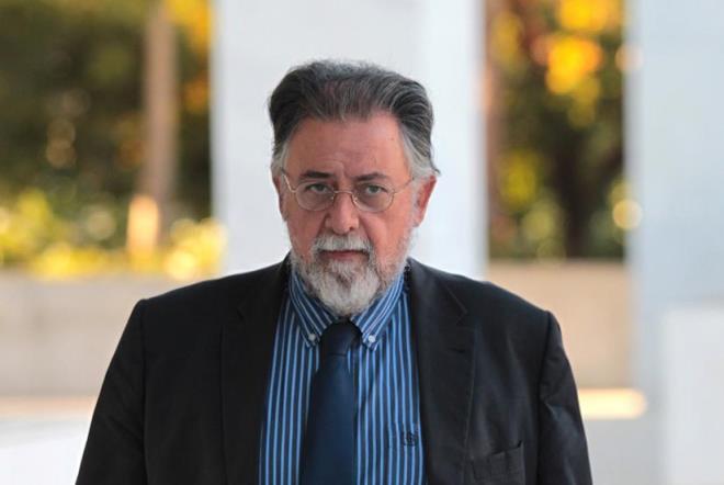 Βουλευτής ΣΥΡΙΖΑ για Πανούση: Δεν πας να αυτοκτονήσεις καλύτερα;