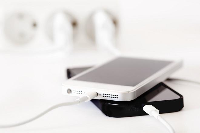 Πρωτοποριακή εφεύρεση αυξάνει τη «ζωή» της μπαταρίας του iPhone κατά μια εβδομάδα