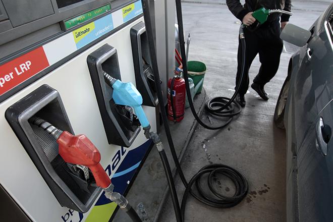 Κατακόρυφη αύξηση της ζήτησης βενζίνης το Σαββατοκύριακο