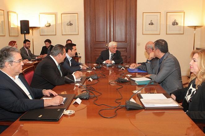 Σύγκληση Συμβουλίου Πολιτικών Αρχηγών ζήτησε ο πρωθυπουργός
