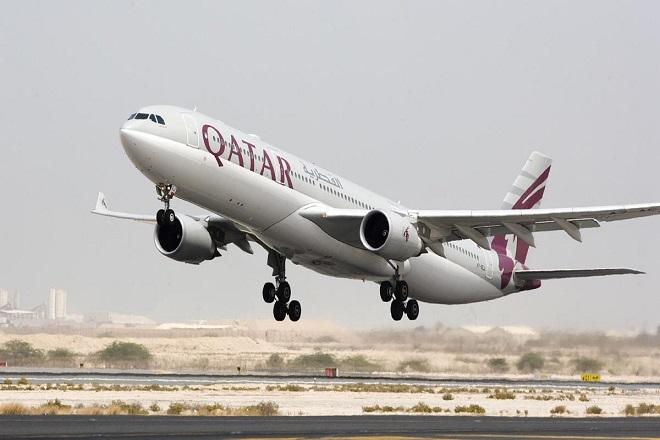 Η Qatar Airways θέλει να αγοράσει το 10% της American Airlines