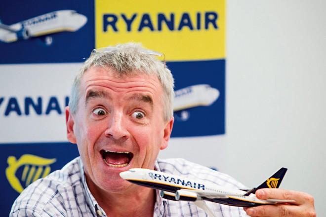 Το αφεντικό της Ryanair «ξαναχτυπά»: Θα γεμίσει τα αεροπλόνα με αντι-Brexit σλόγκαν