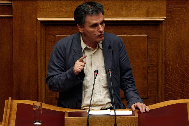 Τσακαλώτος: Το ζήτημα είναι ποιον εμπιστεύεται ο ελληνικός λαός