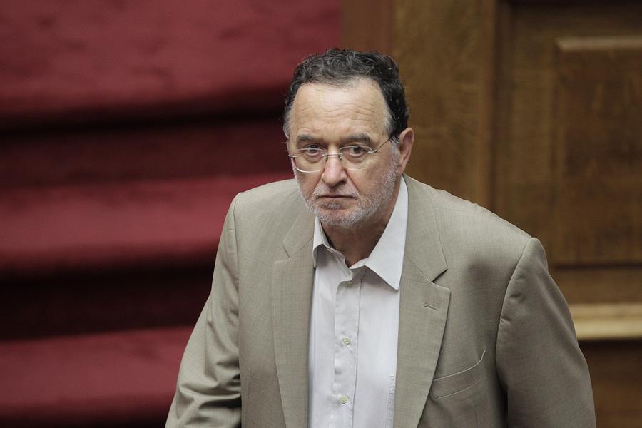 Λαφαζάνης: Η κυβέρνηση ετοιμάζει διαγγέλματα που μοιάζουν με μνημόσυνο