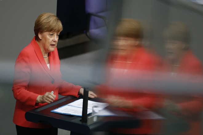Χάνει την εμπιστοσύνη των Γερμανών η Μέρκελ