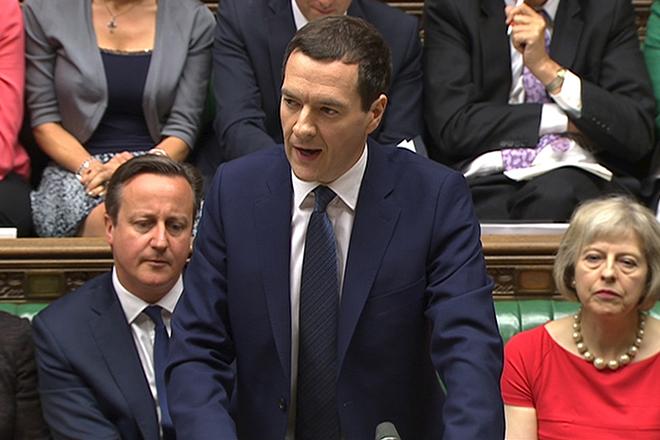 Νέα γιγαντιαία περικοπή κρατικών δαπανών στη Βρετανία