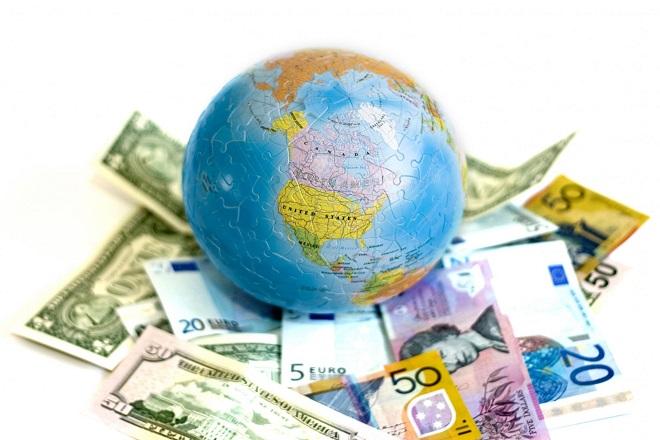 Οι κίνδυνοι που απειλούν την παγκόσμια οικονομία
