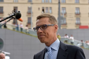 Finland's Finance Minister Alexander Stubb arrives at a euro zone finance ministers meeting on the situation in Greece in Brussels, Belgium, July 7, 2015. Greece faces a last chance to stay in the euro zone on Tuesday when Prime Minister Alexis Tsipras puts proposals to an emergency euro zone summit after Greek voters resoundingly rejected the austerity terms of a defunct bailout. REUTERS/Eric Vidal - RTX1JDX1