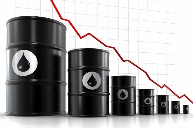 Μείωση μεγαλύτερη του 2,5% στις τιμές του πετρελαίου