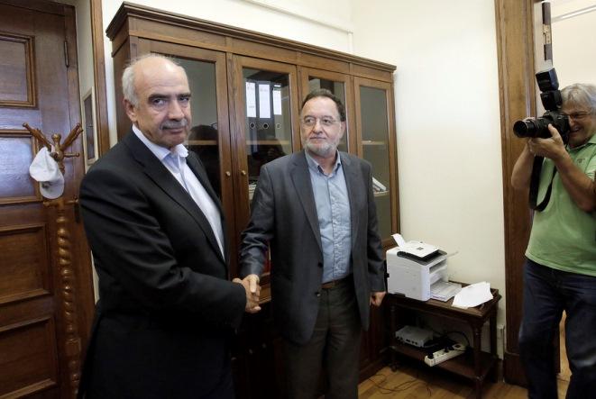 Επιμένει για Συμβούλιο Πολιτικών Αρχηγών ο Μεϊμαράκης