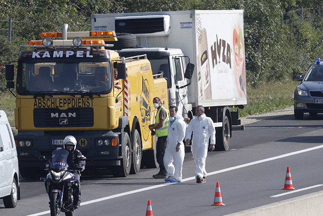 Τραγωδία με 71 νεκρούς πρόσφυγες στην Αυστρία