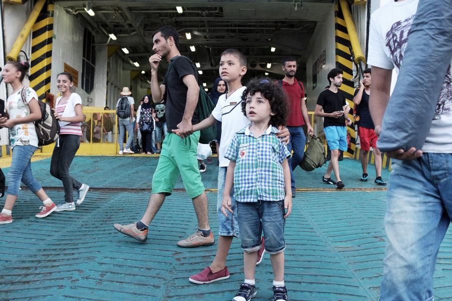 Γερμανικός Τύπος: Οι επαναπροωθήσεις προσφύγων και η σύγκριση Μόριας με τουρκικές δομές