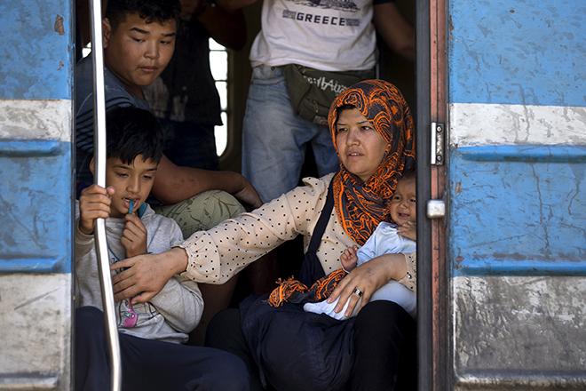 Ο Ούγγρος πρωθυπουργός θα ζητήσει τη συμβολή του στρατού για να εμποδίσει τους πρόσφυγες