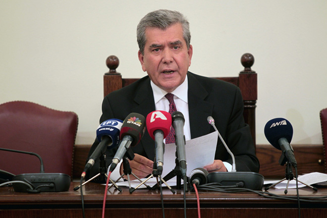 Βόμβα Μητρόπουλου: Μείωση τουλάχιστον 30% σε συντάξεις κάτω των 1.000 ευρώ