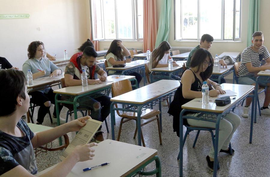 Η ΓΓΔΕ προσπαθεί να δώσει λύση στο χάος με τον ΦΠΑ στην ιδιωτική εκπαίδευση