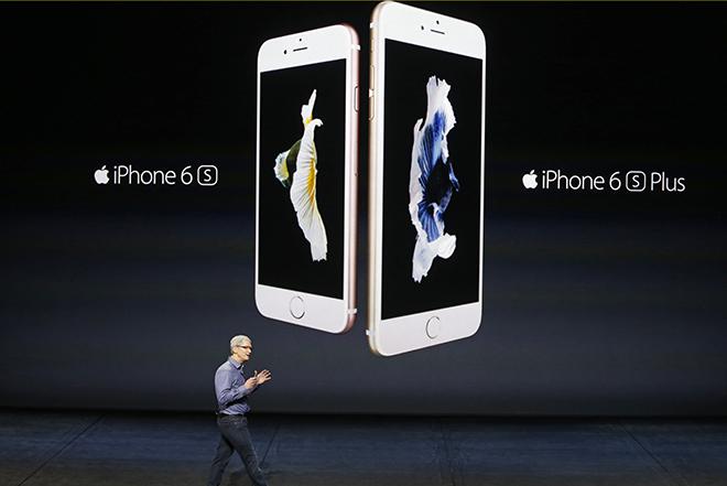 Η Apple παρουσίασε το καλύτερο iPhone που έφτιαξε ποτέ