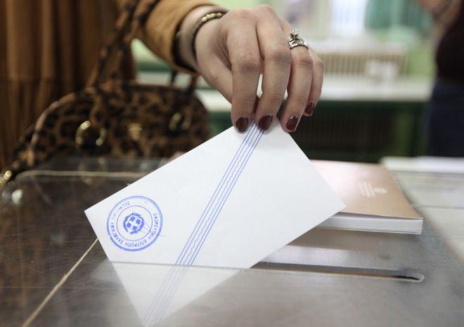 Σχέδιο κατάτμησης της Β' Αθηνών μελετά η κυβέρνηση