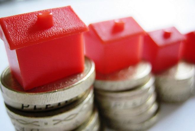 Στη Βουλή η τροπολογία για την προστασία της πρώτης κατοικίας: Ποια είναι τα χαρακτηριστικά του νέου πλαισίου