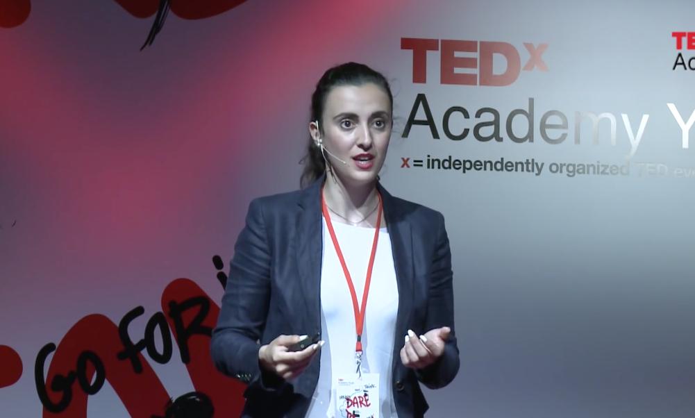 H Ελληνίδα ακτιβίστρια που βρίσκεται ένα βήμα μακριά από το διάστημα