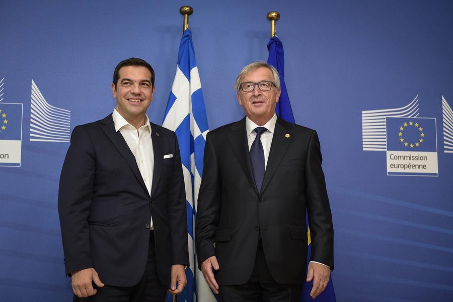 Συνάντηση Τσίπρα-Γιούνκερ για το μεταναστευτικό και το ελληνικό πρόγραμμα