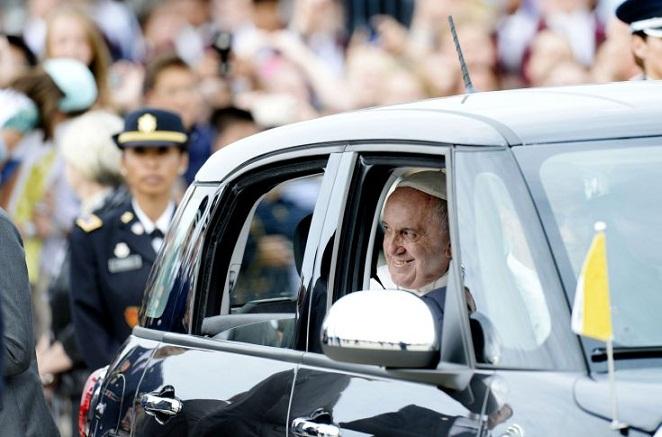 Οι εταιρείες που «ανέστησε» η περιοδεία του Πάπα στις ΗΠΑ