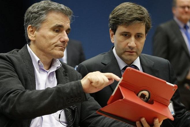 Eμπλοκή στις συζητήσεις με τους θεσμούς – Δύσκολη η εκταμίευση των 2 δισ. ευρώ