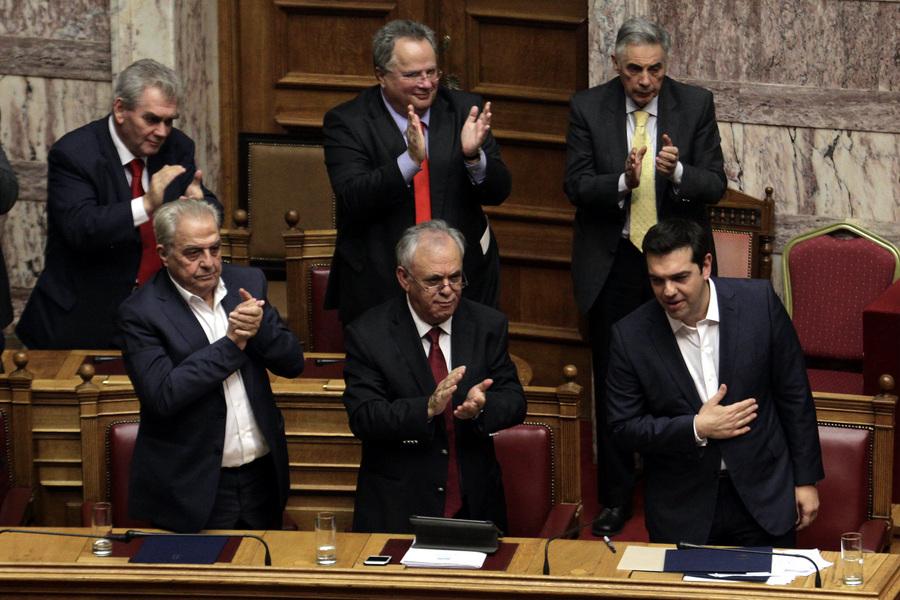 Ψήφο εμπιστοσύνης από 155 βουλευτές έλαβε η κυβέρνηση